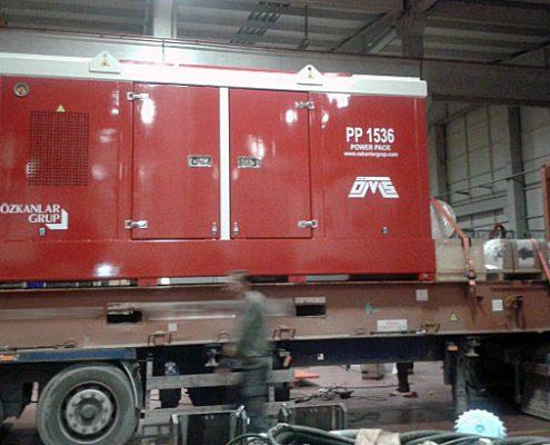 OMS-SVR200NF-PP-1536-crane-hanging-vibro-hammer-power-pack