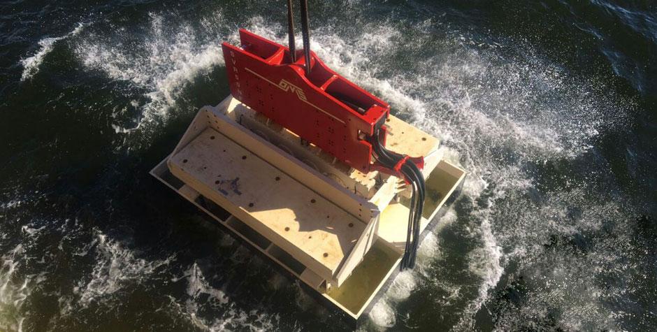 SVR50NF - Crane Suspended Vibratory Pile Hammer -Top